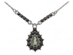 BG necklace with moldavite and garnet 054