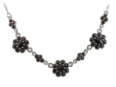 BG garnet necklace 048