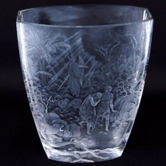 Exclusive hand engraved crystal vase from paradise 2243 Šafránek ORQQIV007
