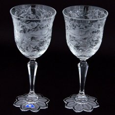 Set of two crystal hand cut wine glasses Šafránek 3693