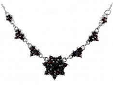 BG garnet necklace 041