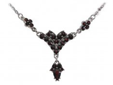 BG garnet necklace 258