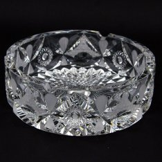 Hand cut crystal ashtray 518 Šafránek
