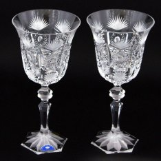 Set of two crystal hand cut wine glasses Šafránek 219