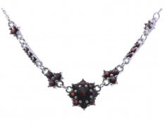 BG garnet necklace 030