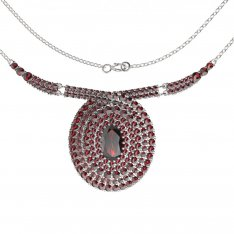 BG necklace 360