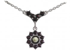 BG garnet necklace 352